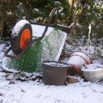 wheelbarrow-421368_1920